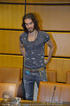 Russell Brand Vortrag - UNO City - Di 18.03.2014 - Russell BRAND10