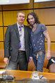 Russell Brand Vortrag - UNO City - Di 18.03.2014 - Russell BRAND, M. TRACE13
