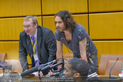 Russell Brand Vortrag - UNO City - Di 18.03.2014 - Russell BRAND18