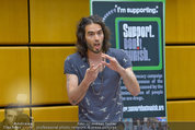 Russell Brand Vortrag - UNO City - Di 18.03.2014 - Russell BRAND20