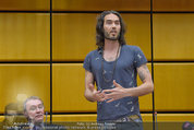 Russell Brand Vortrag - UNO City - Di 18.03.2014 - Russell BRAND23