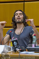 Russell Brand Vortrag - UNO City - Di 18.03.2014 - Russell BRAND26