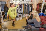 Late Night Shopping - Mondrean Store - Mo 24.03.2014 - 27