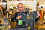 Late Night Shopping - Mondrean Store - Mo 24.03.2014 - Christopher WOLF44