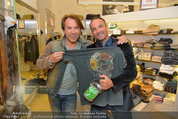 Late Night Shopping - Mondrean Store - Mo 24.03.2014 - Christopher WOLF, Uwe KR�GER45