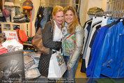 Late Night Shopping - Mondrean Store - Mo 24.03.2014 - Eva WEGROSTEK, Andrea BOCAN96