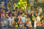ATV Wien Tag & Nacht Party - LVL7 - Fr 28.03.2014 - WTN-Cast mitten in Fans82