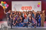 Otto Sommer Modenschau - Sofiensäle - Mo 31.03.2014 - Gruppenfoto Models und Promis201