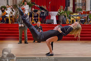 Dancer against Cancer - Hofburg - Sa 05.04.2014 - Baller�ffnung Gregor HATALA, Yvonne RUEFF102