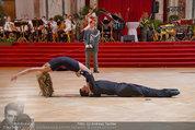 Dancer against Cancer - Hofburg - Sa 05.04.2014 - Baller�ffnung Gregor HATALA, Yvonne RUEFF108