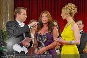 Dancer against Cancer - Hofburg - Sa 05.04.2014 - Awardverleihung an Kelly LEBROCK156