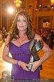 Dancer against Cancer - Hofburg - Sa 05.04.2014 - Kelly LEBROCK mit DAC-Award172