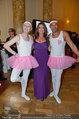 Dancer against Cancer - Hofburg - Sa 05.04.2014 - Kelly LEBROCK mit Schwanensee-Ballett Gary HOWARD, Cyril RADLHER229