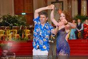 Dancer against Cancer - Hofburg - Sa 05.04.2014 - Michael HADSCHIEFF282