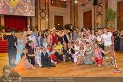 Dancer against Cancer - Hofburg - Sa 05.04.2014 - Gruppenfoto Jury und Tanzpaare368