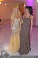 Dancer against Cancer - Hofburg - Sa 05.04.2014 - Tara TABHITA mit Freundin Djana6