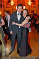 Dancer against Cancer - Hofburg - Sa 05.04.2014 - Nina BLUM mit Martin95