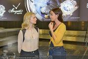Presseshooting - Flughafen Wien - Di 08.04.2014 - Silvia SCHNEIDER, Nelly BAUMANN15
