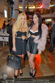 Designer Award - Ringstraßen Galerien - Mi 09.04.2014 - Tara TABHITA mit Freundin Djana9