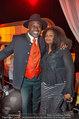 Dancing Stars - ORF Zentrum - Fr 11.04.2014 - Biko BOTOWAMUNGU mit Ehefrau Nakale (Natalie)20