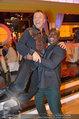 Dancing Stars - ORF Zentrum - Fr 11.04.2014 - Biko BOTOWAMUNGU hebt Erik SCHINEGGER auf37