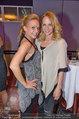 Dancing Stars - ORF Zentrum - Fr 11.04.2014 - Melanie BINDER mit Schwester Mirjam WEICHSELBRAUN77