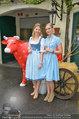 Kattus meets Almdudler - Kattus Sektkellerei - Di 22.04.2014 - Sophie KARMASIN mit Kampagnen-Model Marlies4