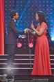 Romy Gala - Preisverleihung - Hofburg - Sa 26.04.2014 - Barbara WUSSOW �bergibt Romy an Elyas M�BAREK58
