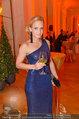 Romy Gala - red carpet - Hofburg - Sa 26.04.2014 - Melanie BINDER115
