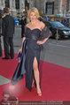 Romy Gala - red carpet - Hofburg - Sa 26.04.2014 - Liane SEITZ12