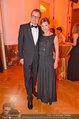 Romy Gala - red carpet - Hofburg - Sa 26.04.2014 - Kristina SPRENGER, Gerald GERSTBAUER121