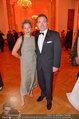 Romy Gala - red carpet - Hofburg - Sa 26.04.2014 - Cornelius OBONYA, Carolin PIENKOS128