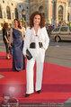 Romy Gala - red carpet - Hofburg - Sa 26.04.2014 - Proschat MADANI14