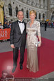 Romy Gala - red carpet - Hofburg - Sa 26.04.2014 - Marcus WADSAK, Sylvia SARINGER30