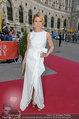 Romy Gala - red carpet - Hofburg - Sa 26.04.2014 - Franziska WEISZ48