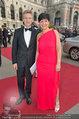 Romy Gala - red carpet - Hofburg - Sa 26.04.2014 - Josef OSTERMAYER mit Ehefrau Manuela59