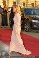 Romy Gala - red carpet - Hofburg - Sa 26.04.2014 - Helene FISCHER82