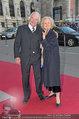 Romy Gala - red carpet - Hofburg - Sa 26.04.2014 - Bibiane ZELLER, Eugen STARK9