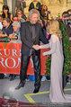 Romy Gala - red carpet - Hofburg - Sa 26.04.2014 - Thomas GOTTSCHALK, Helene FISCHER93