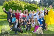 Birthday Party - Hanner Mayerling - So 27.04.2014 - Gruppenfoto um Verena PFL�GER1