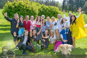 Birthday Party - Hanner Mayerling - So 27.04.2014 - Gruppenfoto um Verena PFL�GER33