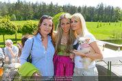 Birthday Party - Hanner Mayerling - So 27.04.2014 - Sissi KNABL, Kathi STEININGER mit Hund Chloe, Yvonne RUEFF4