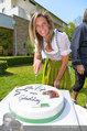 Birthday Party - Hanner Mayerling - So 27.04.2014 - Verena PFL�GER mit Geburtstagstorte43