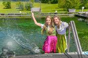 Birthday Party - Hanner Mayerling - So 27.04.2014 - Yvonne RUEFF mit Freund50
