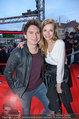 Amadeus - Red Carpet - Volkstheater - Di 06.05.2014 - Julian LE PLAY (Heidrich) mit Freundin Verena191