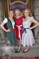 Amadeus - Red Carpet - Volkstheater - Di 06.05.2014 - Die Bocksrucker Sisters21
