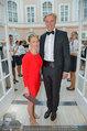 Fundraising Dinner - Albertina - Do 08.05.2014 - Klaus Albrecht SCHR�DER mit Freundin Nina LERCHNER23