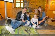 Milka Lila liebt Grün - Tirolergarten - Fr 09.05.2014 - Alex LIST mit Sohn Felix, Martina KAISER mit Tochter Kiana20