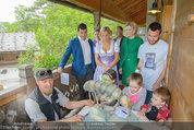 Milka Lila liebt Grün - Tirolergarten - Fr 09.05.2014 - Heidi HAUER, Michaela KIRCHGASSER, Steffen HOFMANN47