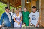 Milka Lila liebt Grün - Tirolergarten - Fr 09.05.2014 - Heidi HAUER, Michaela KIRCHGASSER, Steffen HOFMANN48
